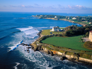 Newport's Cliff Walk Lets Visitors See a Whole New Side of the City