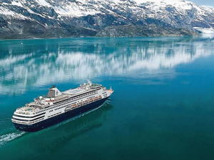 Top 10 Cruise Travel Blogs Celebrated!