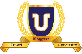 Travel-blogger-uni-crest